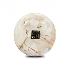 Link to an enlarged 2nd image of 340g Large Jar Candle: Jasmine Daydream
