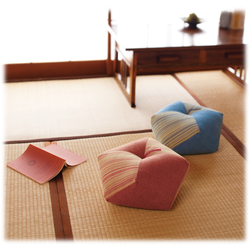 Link to an enlarged 2nd image of Ojami Cushion Tokino-ha