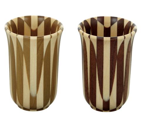 Link to an enlarged image of Yosegi pair sake cup (Extra large)