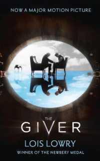 Link to an enlarged image of Giver (The Giver Quartet) -- Paperback / softback (Film tie-i)