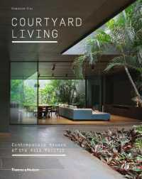 Link to an enlarged image of Courtyard Living : Contemporary Houses of the Asia-Pacific