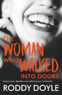 Link to an enlarged image of Woman Who Walked into Doors -- Paperback / softback