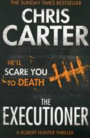 Link to an enlarged image of Executioner : A brilliant serial killer thriller, featuring the unstoppable Robert Hunter -- Paperback / softback (Re-issue)