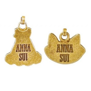 Link to an enlarged 5th image of ANNA SUI 2020F/W COLLECTION BOOK VANITY ([バラエティ])