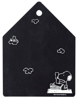 Link to an enlarged 2nd image of SNOOPY MAGNET BOARD BOOK (光文社ブックス MartBOOKS vol.27)
