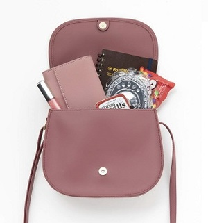 Link to an enlarged 4th image of dazzlin GLEN CHECK SHOULDER BAG BOOK (e−MOOK 宝島社ブランドムック)