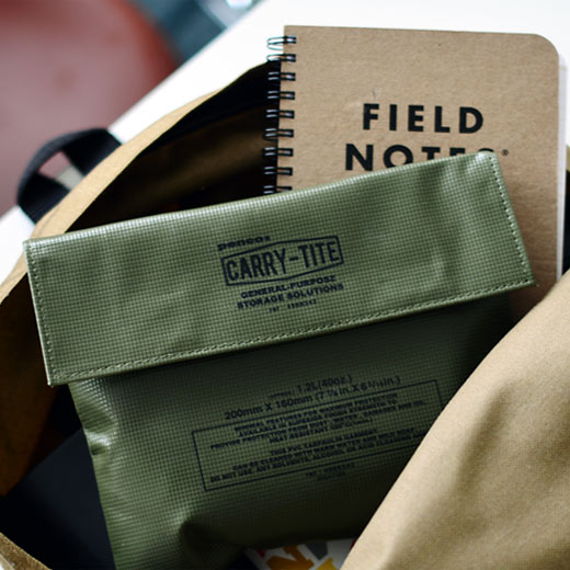 Link to an enlarged 2nd image of Carry Tite (Penco) / Khaki